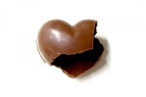 Csokoládé és makadámdió nem való a kutyának!