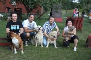 Kutyapszichológusnál járták a sztárok és kedvenceik